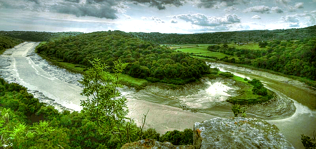 environment-gov-uk_river-severn-from-wintours-leap_635
