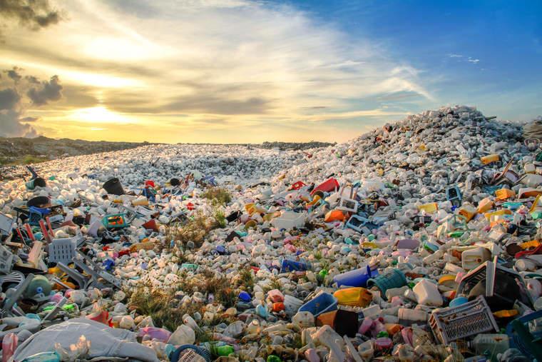 waste_mohamedabdulraheem_sstock